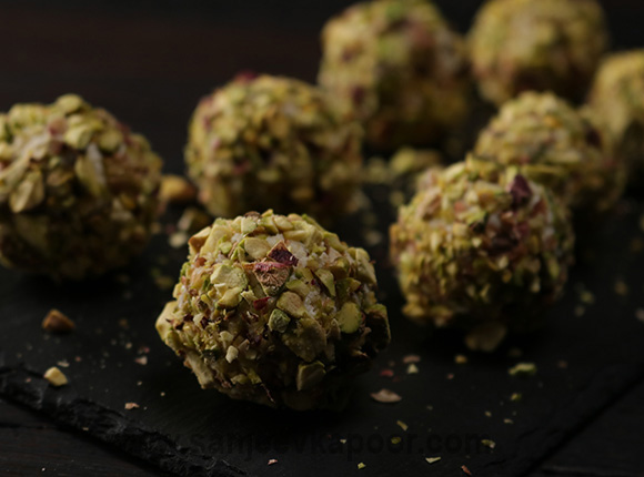 Cheese and Pistachio Truffles