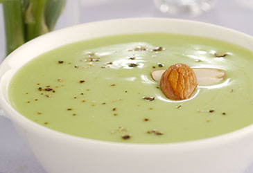 Cream of Asparagus and Almond Soup - Nutralite