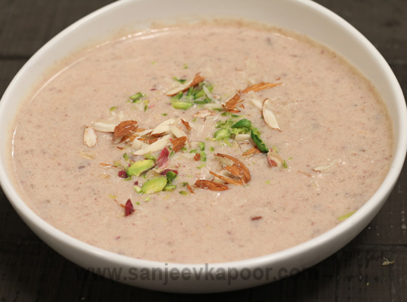Dates and Rice Kheer