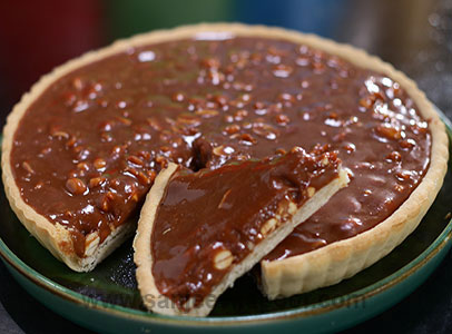 Gooey Peanut Chocolate Tart
