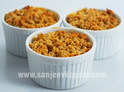 Mango Pineapple Oats Crumble