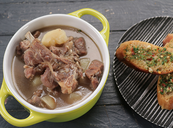 Mutton Stew with Garlic Bread-SK Khazana