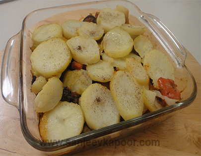 Spicy Vegetable and Potato Bake