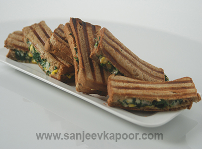 Spinach Corn Cheese Sandwich Toast