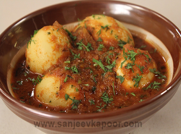 How to make tariwali egg curry recipe by masterchef sanjeev kapoor for more recipes related to tariwali egg curry checkout egg pyaaz bharwan you can also find more main course egg recipes like kolhapuri anda sukka forumfinder Images