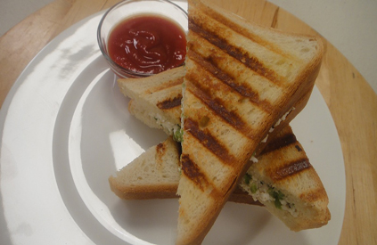 Paneer and Capsicum Grilled Sandwich