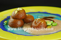 Sunheri Gulab-e-Gulkand with Rose Scented Sauce