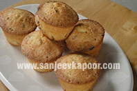 Thyme and Apricot Muffins